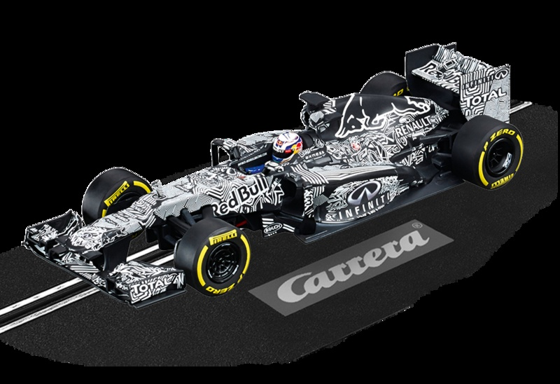 Carrera 132 Infiniti Red Bull Racing