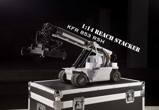 Containerlader KFR 853 R5H 1:14 weiß mit Hydraulik RTR